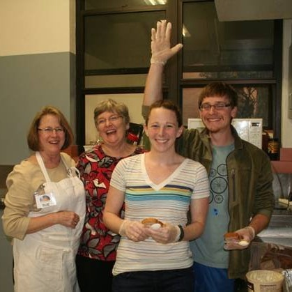 Ecumenical group serves at Micah 6 Drop In Center