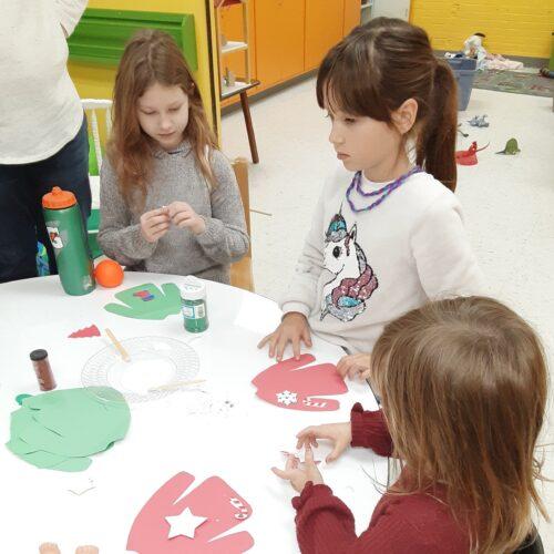 Children create Christmas crafts at December SWEETT