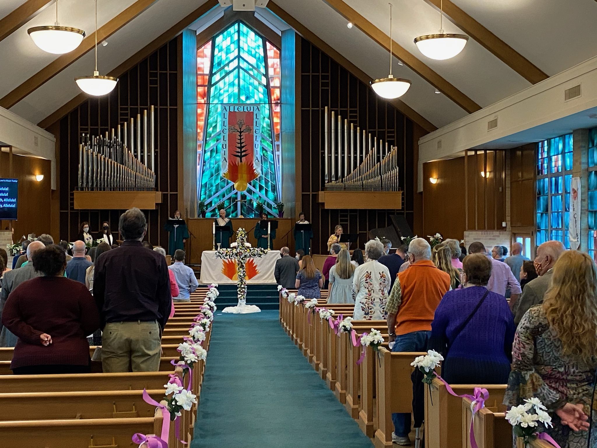 full sanctuary at Easter